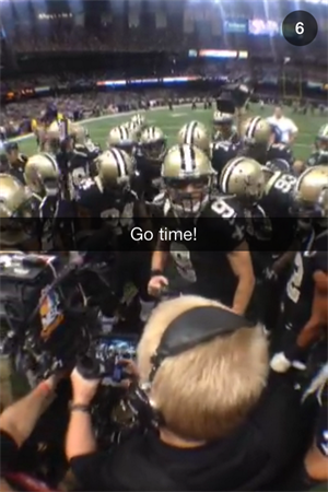 Brees _huddle (1)